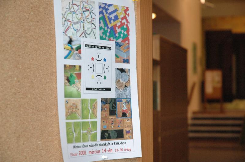 Az első plakát